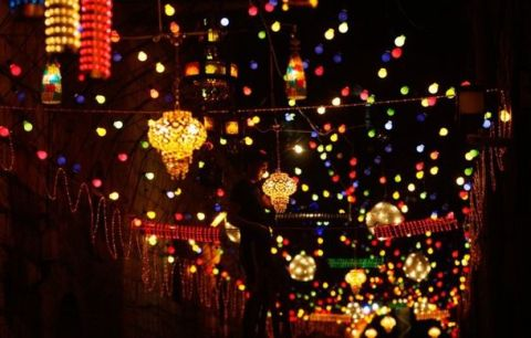 http___www.advancedetiquette.com_wp-content_uploads_2015_06_Ramadan-Lanterns